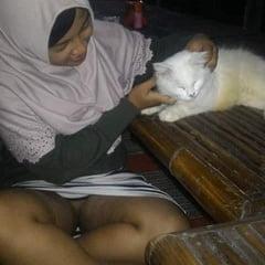 Jilbab Pamer Memek