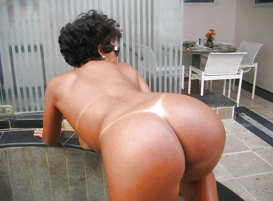 Free huge ass small tits porn