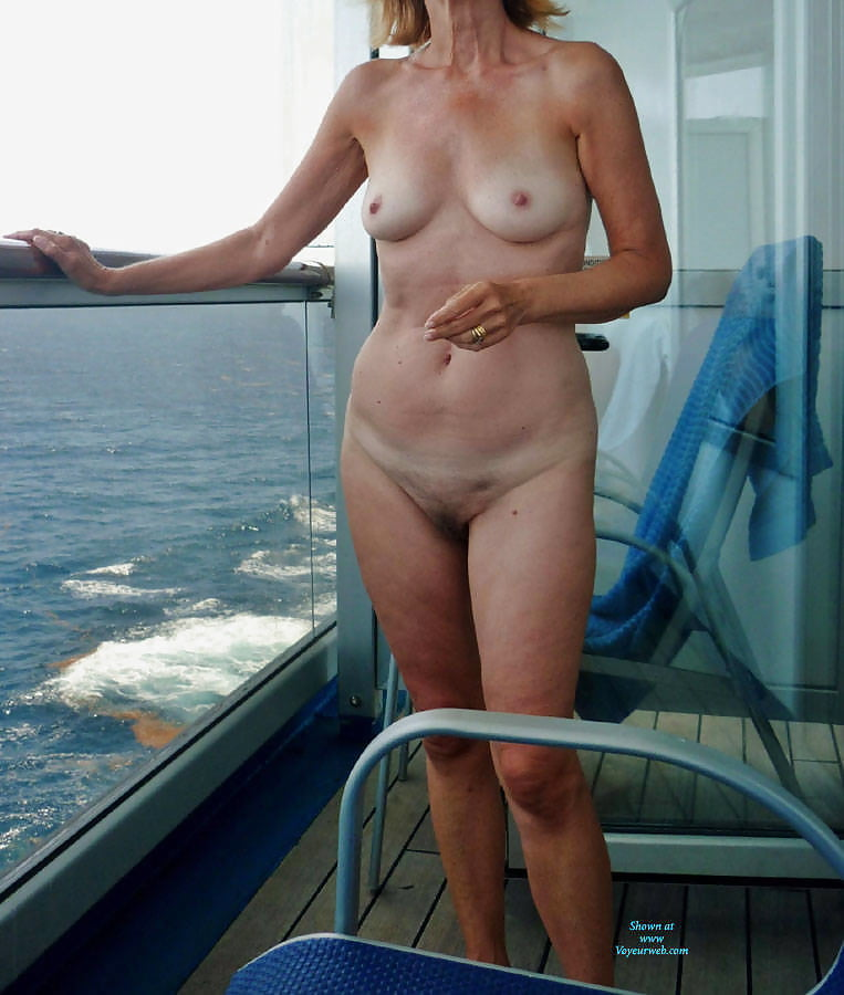 amateur wife naked on cruise balcony porn pics