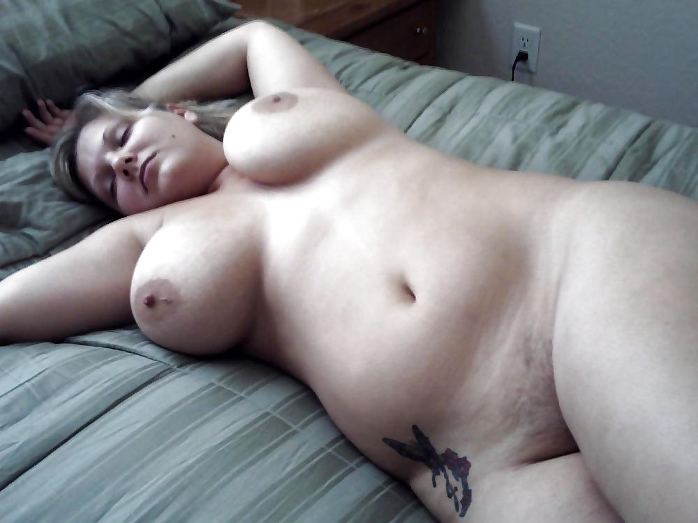 foto-eleni-porno-seks-bolshie-siski-spyashie-zhenshini-trusikah-razdvinula