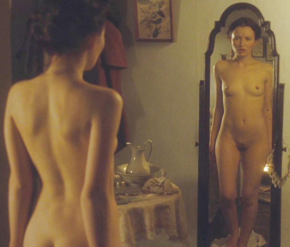 Canadian actress and producer tatiana maslany nude sex scenes photos