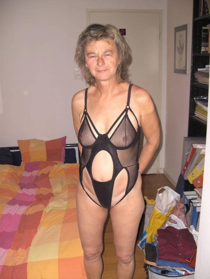 старушки в эротическом белье фото