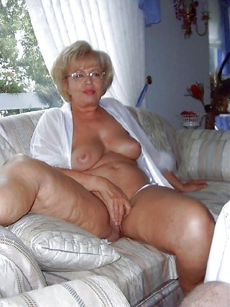 Senior women porno