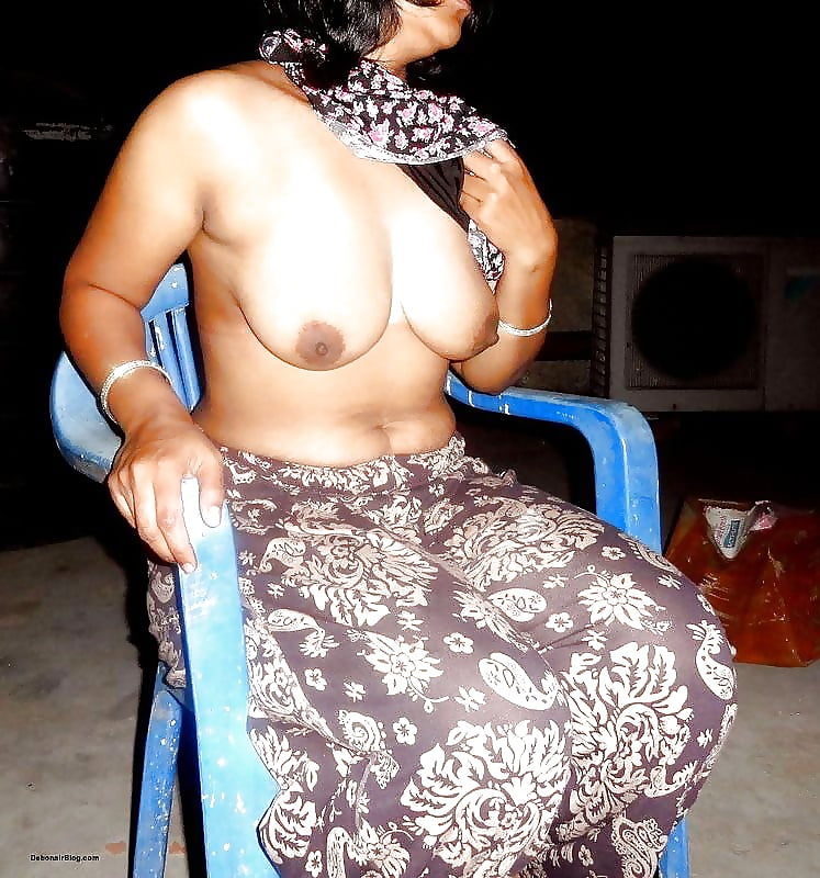 Indian nude glamour