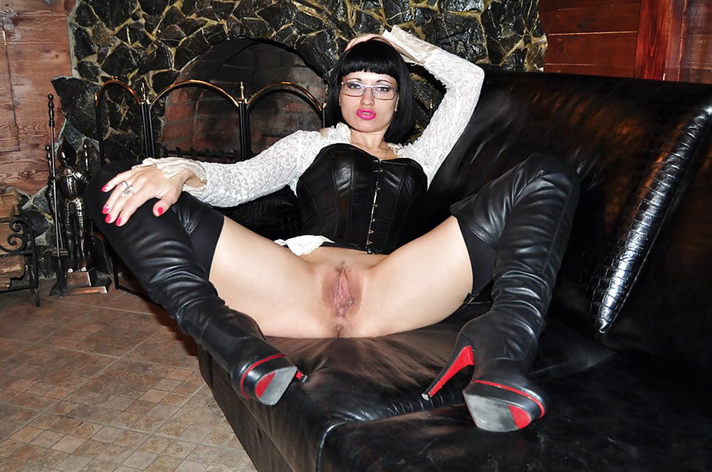 Порно с дамами в сапогах — photo 11