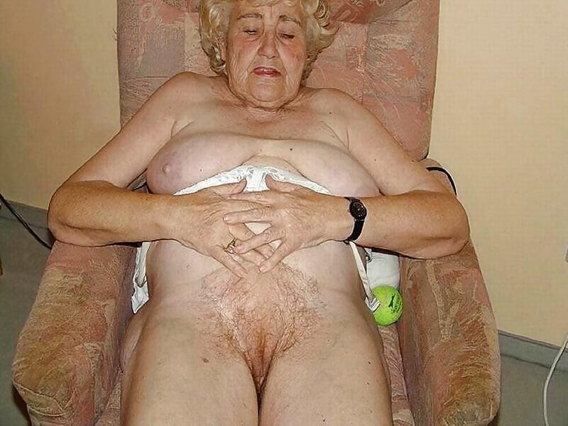 Порно-фото очень старых женщин