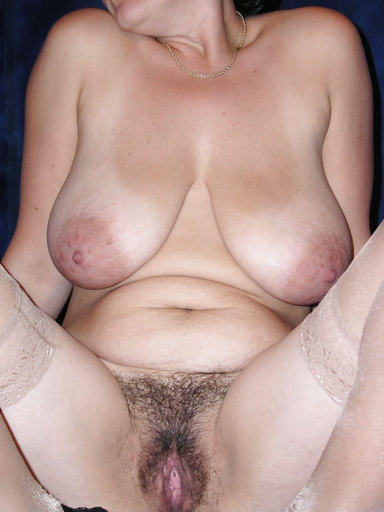 Порно фото висячих сисек волосатых, смотреть порно сисястая бразильянка