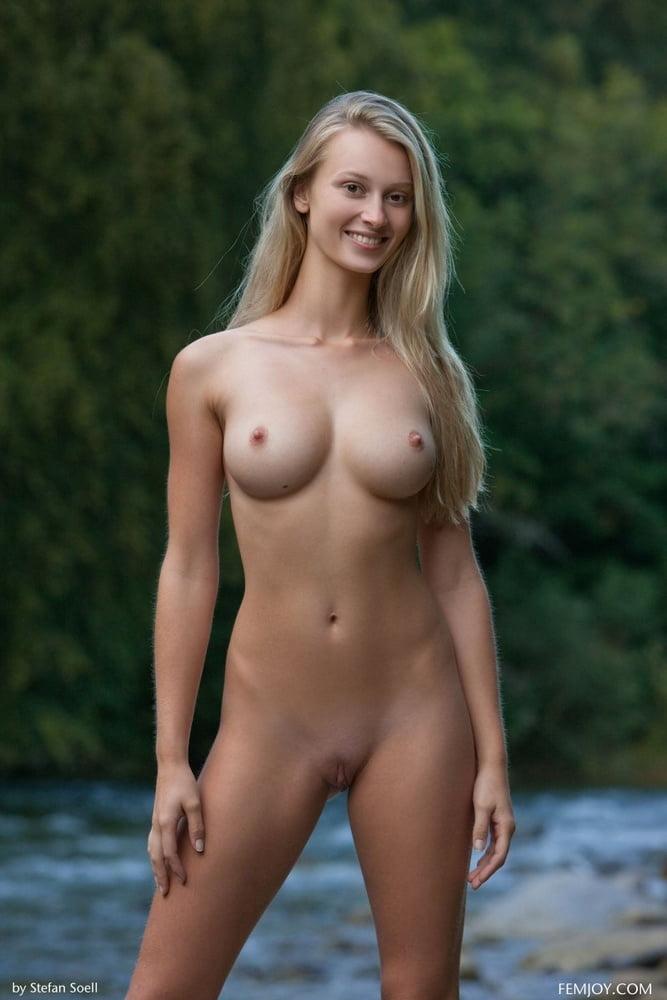 Heisse Maedels 1.466 - 12 Pics