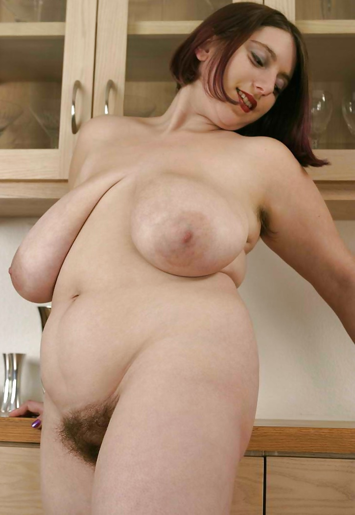 Pictures full figured women nude — img 8