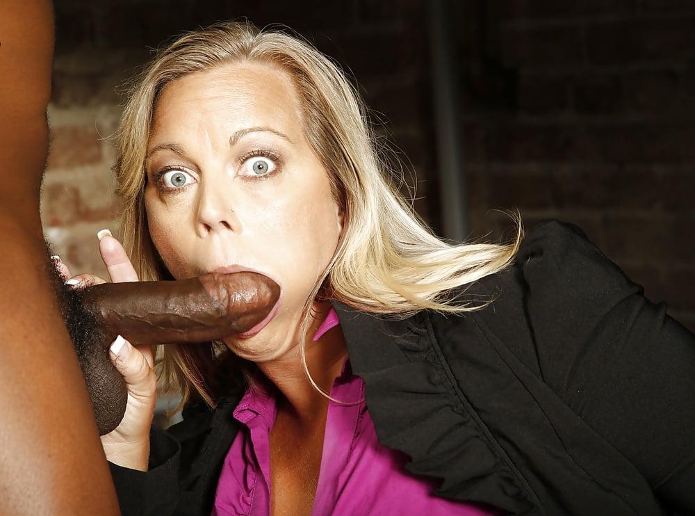 Black cougar blowjob, sexy aunt seduces young
