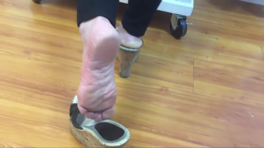 Candid soft crunch soles girl foot in flip flops mature feet - 3 3