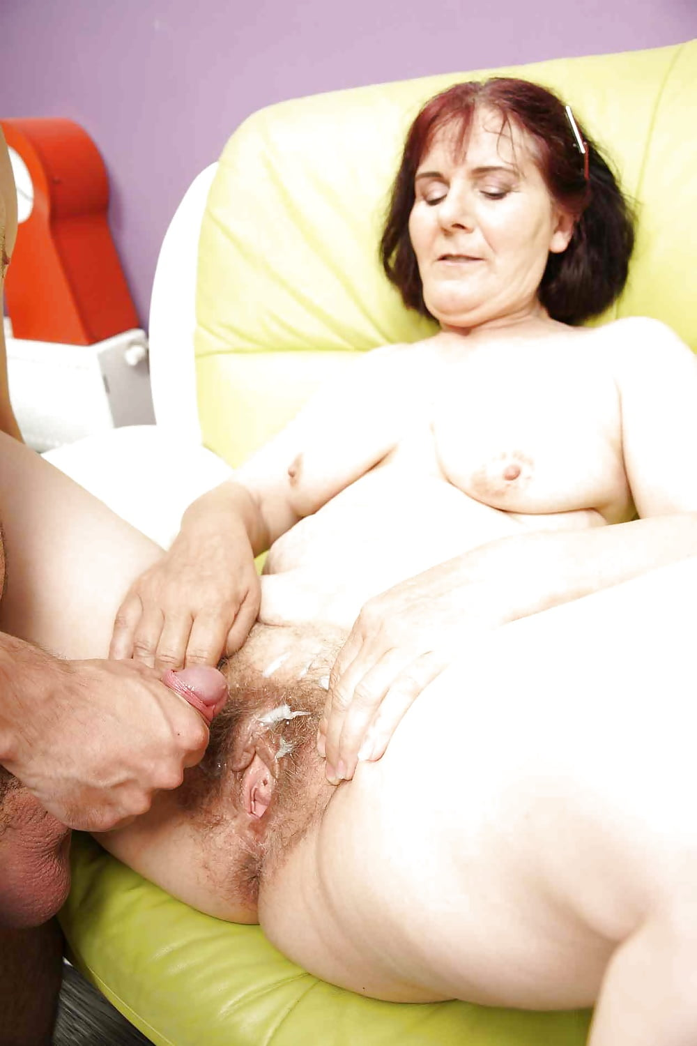 old-pass-spunktures-men-fucking-vaginas-gif