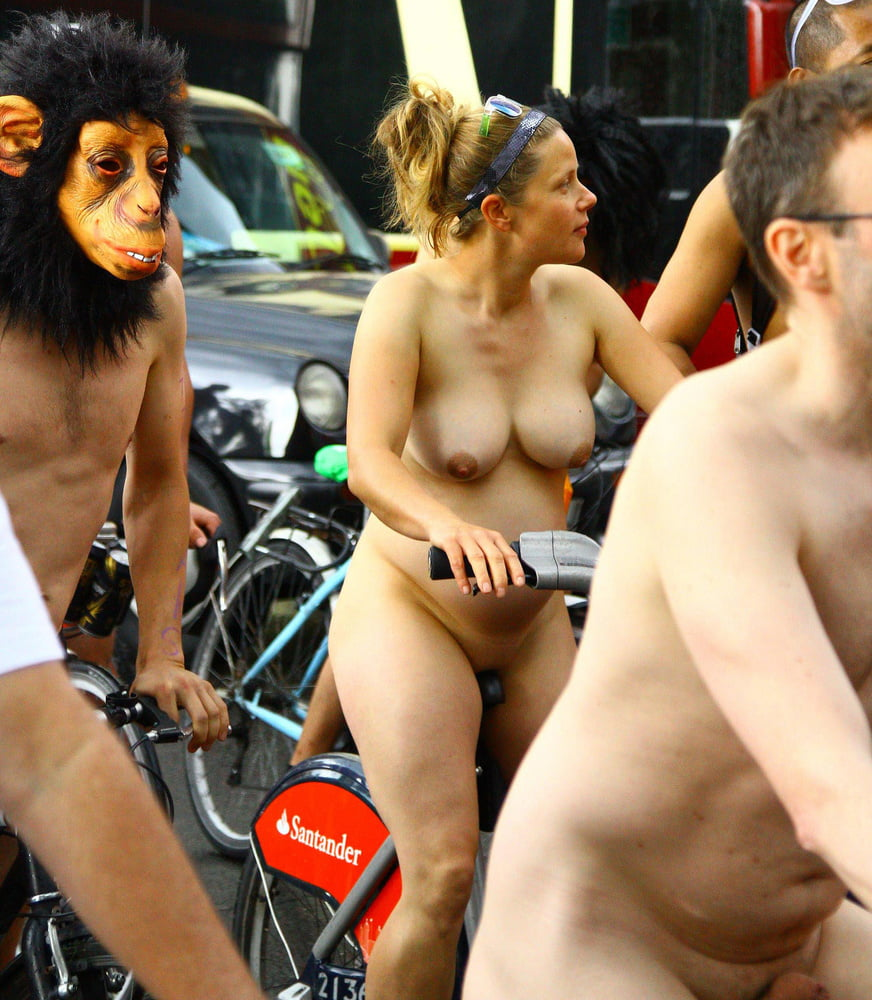 The incorrect very pregnant nude on bike