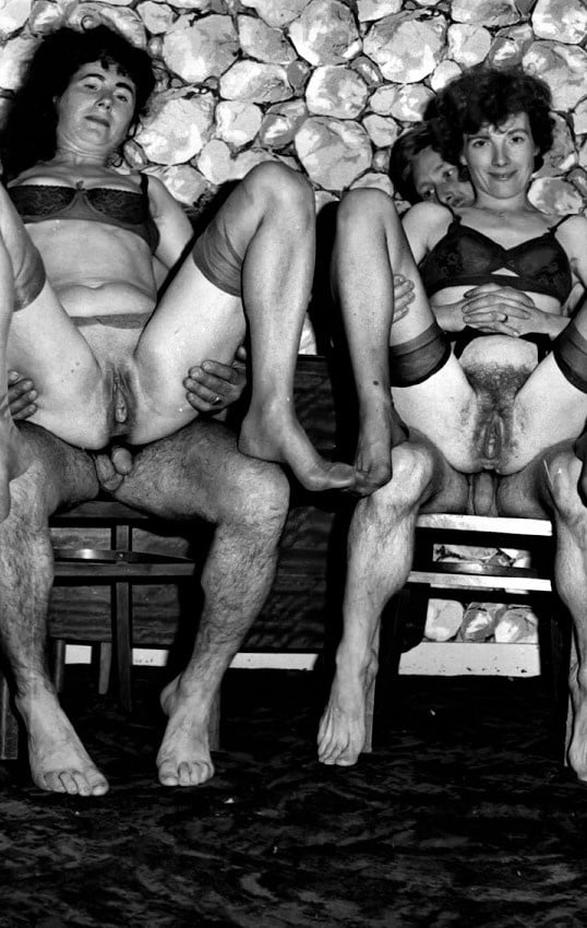 Vintage Group Sex - 30 Pics - Xhamstercom-8844
