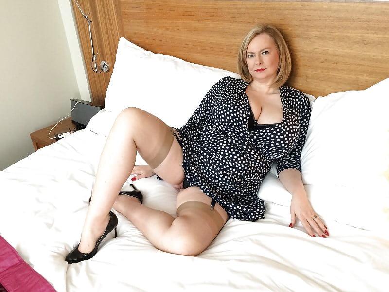 Mature escort services uk