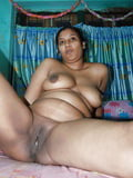 Desi Aunty Big Boobs Nude Leaked Pics Set-4