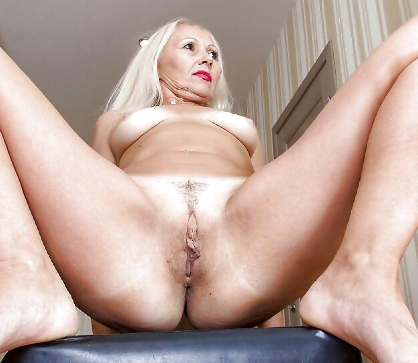 Natural Mature Nude Women