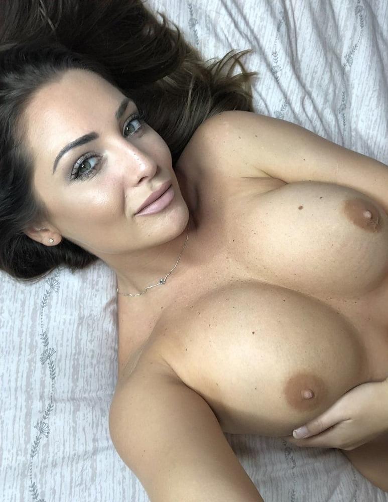 Beautiful Big Boobs Porn - See and Save As photo of a beautiful star girl with big boobs porn pict -  4crot.com