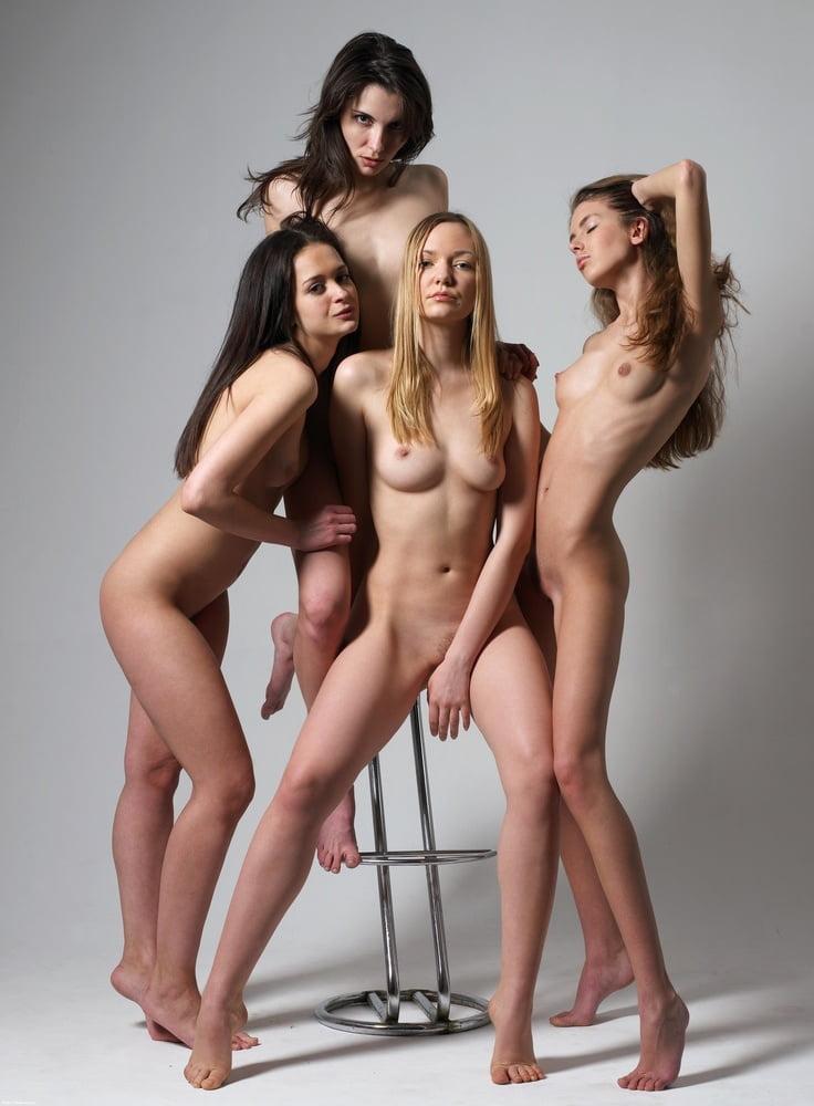 должны фото голых в иркутске скайпе