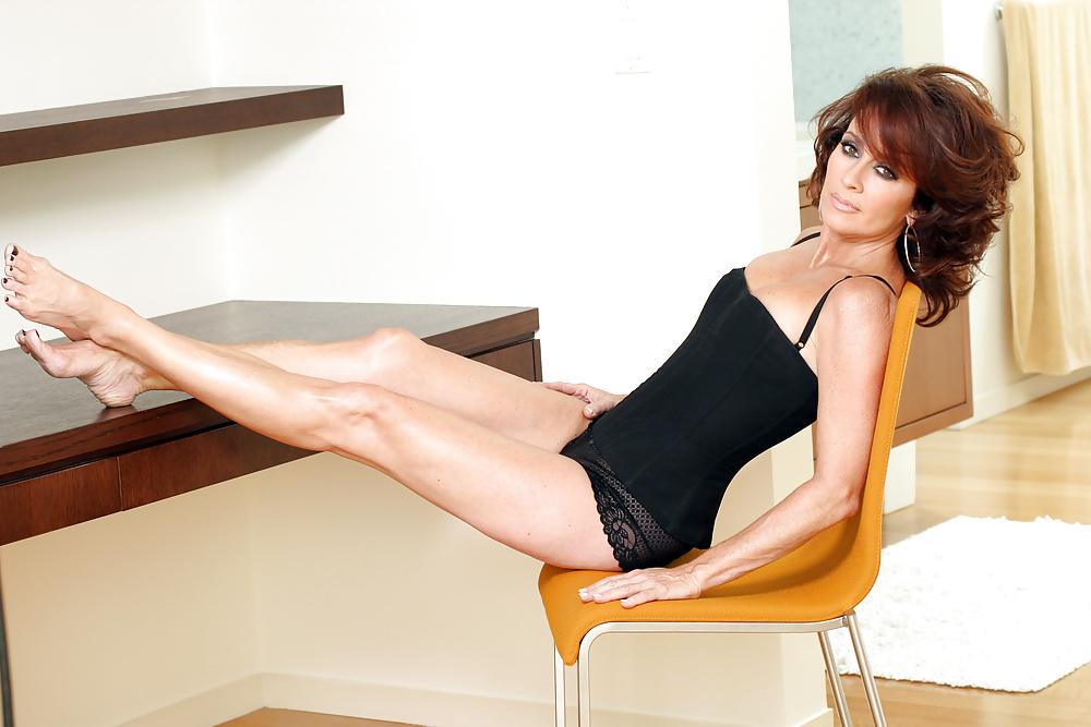 Patricia heaton bikini pics-8713