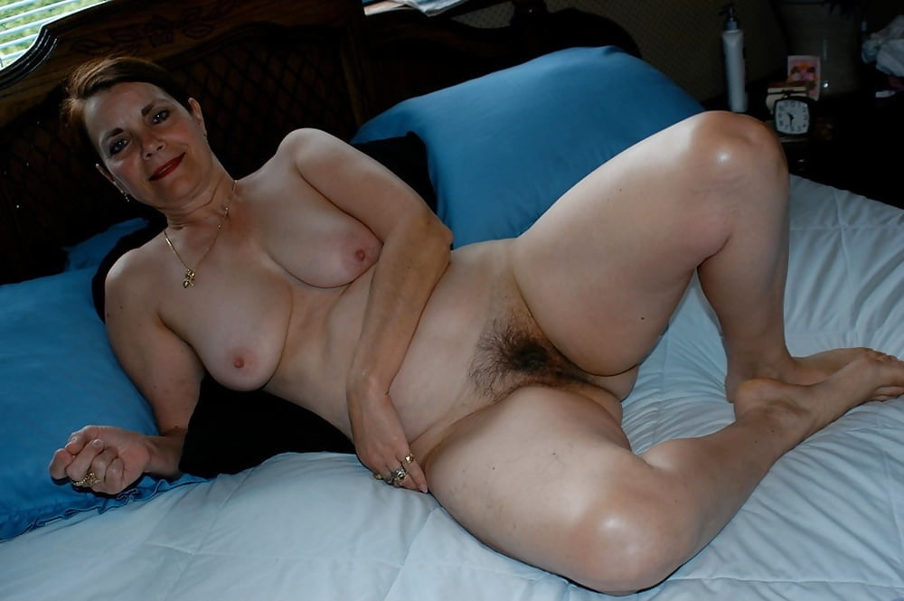 Non Nude Amateur Wife