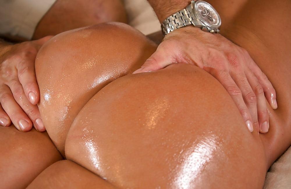 Lesbian Ass Massage