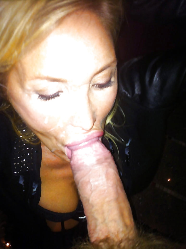 girls dick Blonde sucking