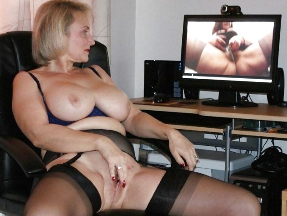 Mature Watching Porn
