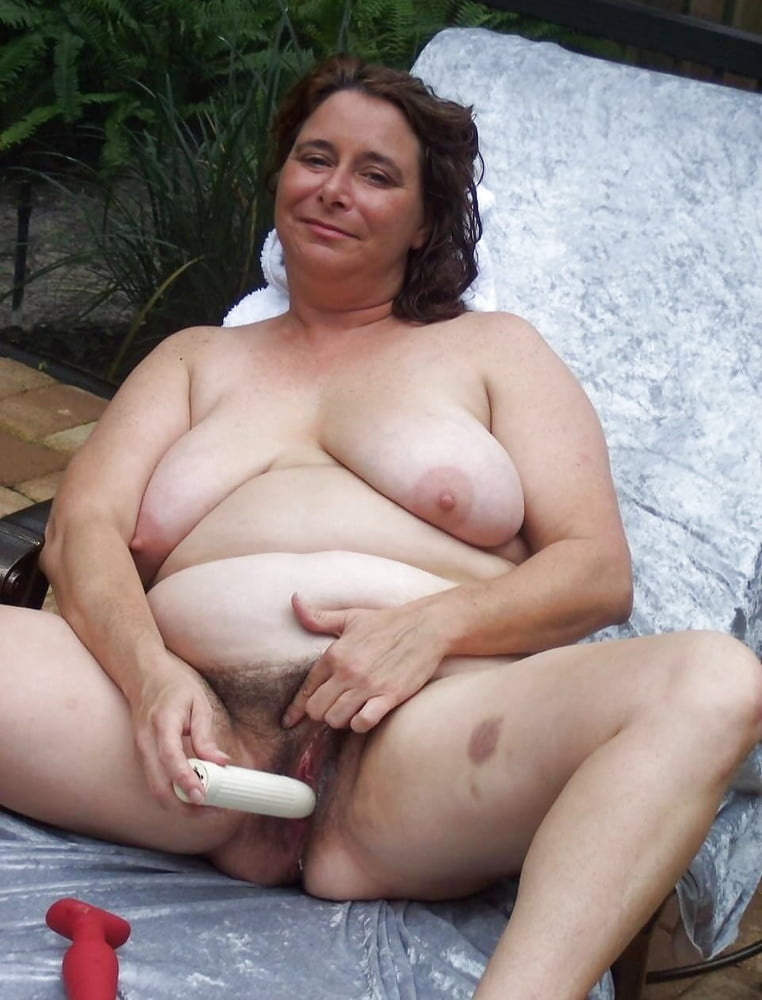 fat-naked-middle-aged-woman-uniform-porn-gllary