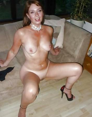 Nude Cougar