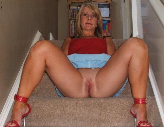 Horny mature women xxx-2073