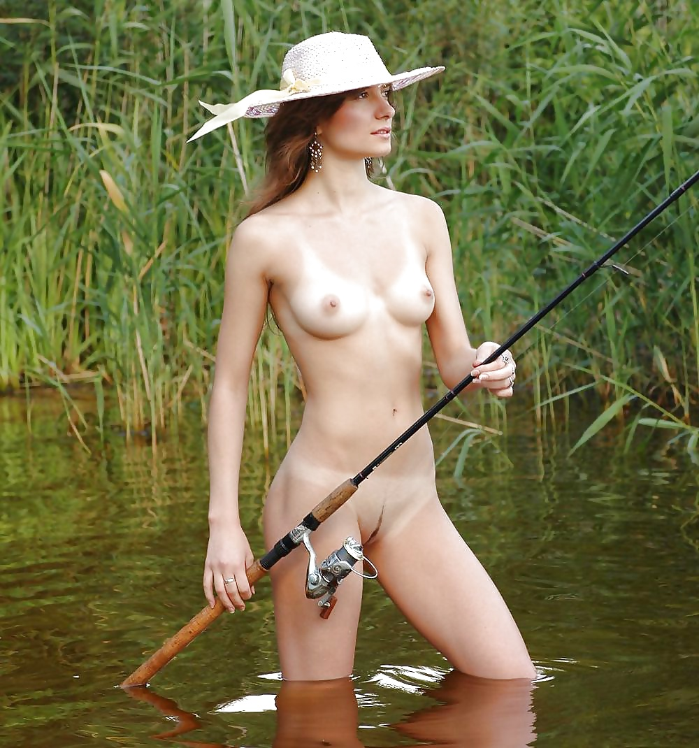 Sporty Blonde Fishing Naked Russian Sexy Girls