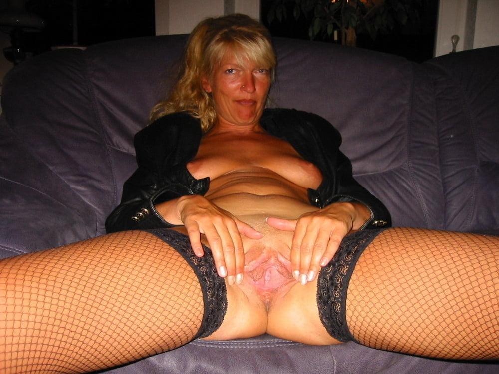 Gallery freebie swedish mature lesbians nudes