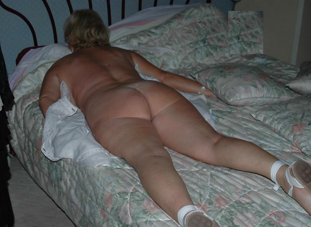 Naked granny in bed #13