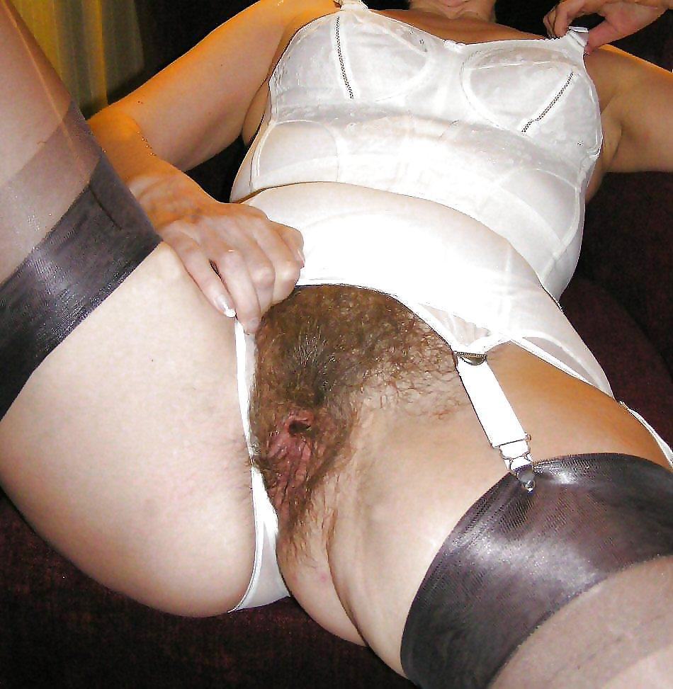 Old Lady Girdle Pussy