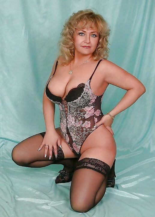 Проститутки возраст 40 номера индивидуалок тюмень