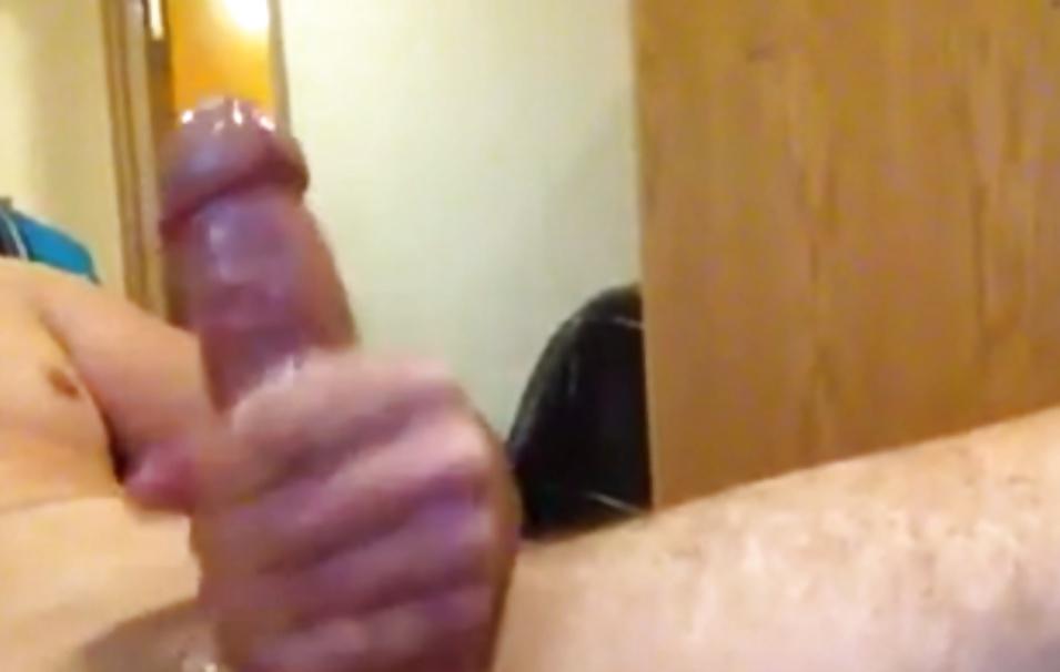 Girl sucks dick on webcam-3284