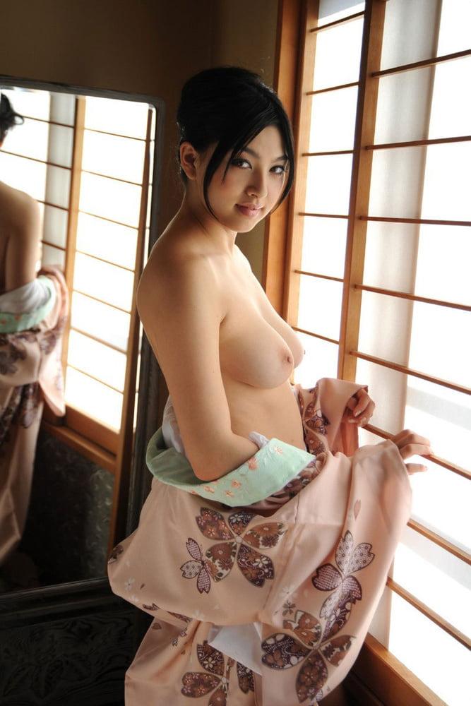 Sex kimono girl nude mother