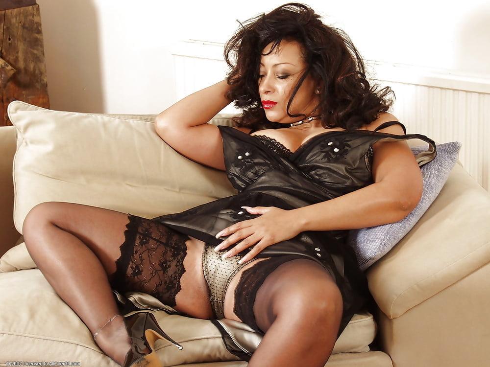 Donna Ambrose 8tube 1