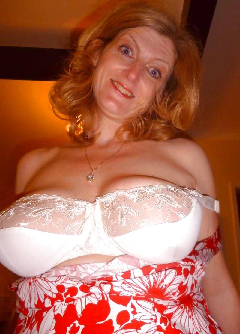 Amateur women in bras pics, pussy slut wet