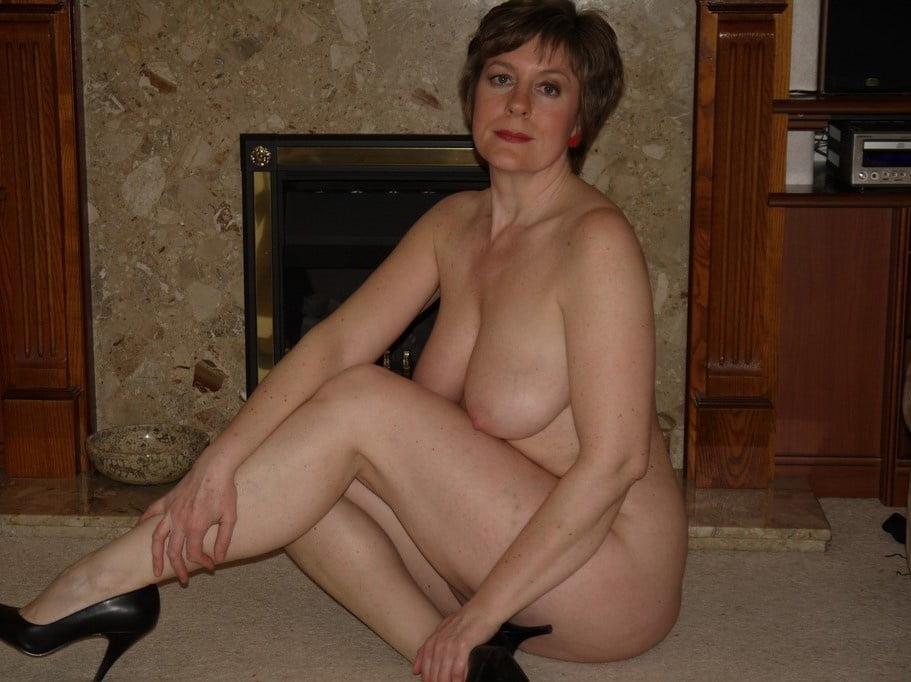 Photos of naked matures