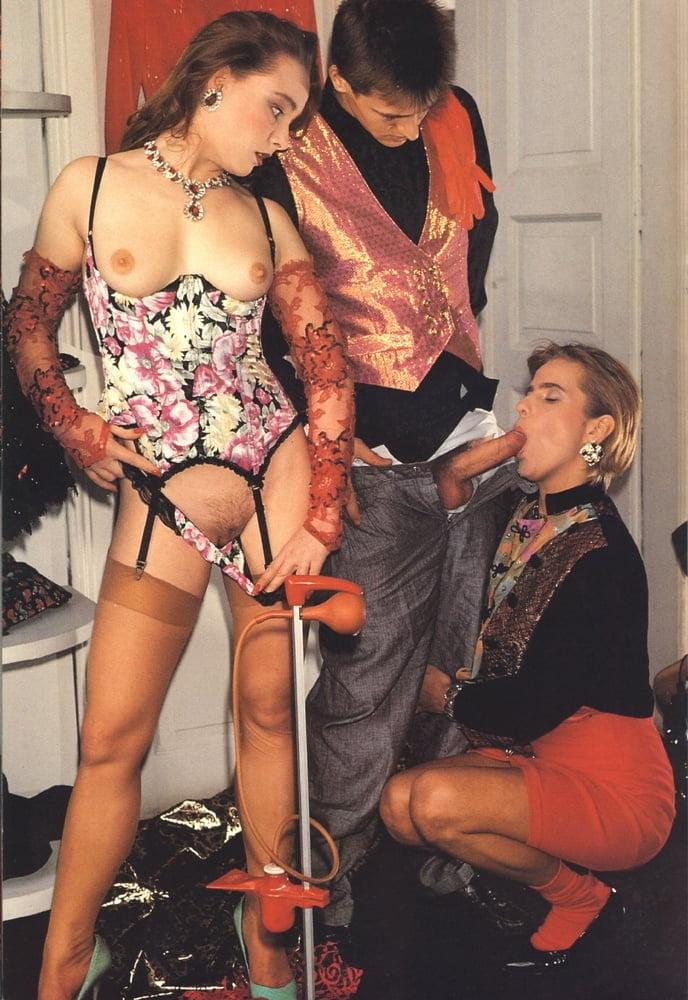 Black hot threesome-3748