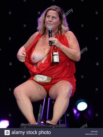 Bridget Everett Tits