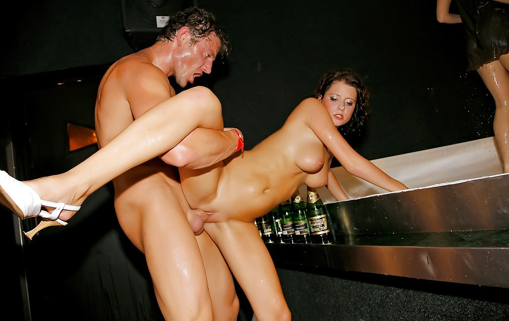 Prague girls getting fucked — pic 6