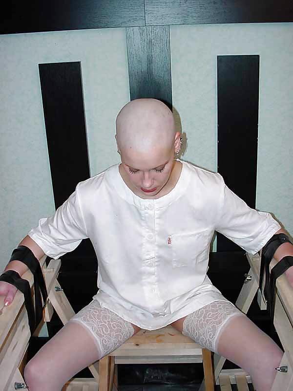 Bald Eryn Rose Suspension Bondage Extreme Rope