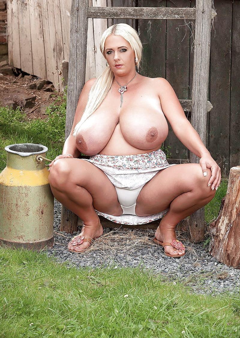Смотреть порно огромные бидоны, жена ебется с подругой и мужем