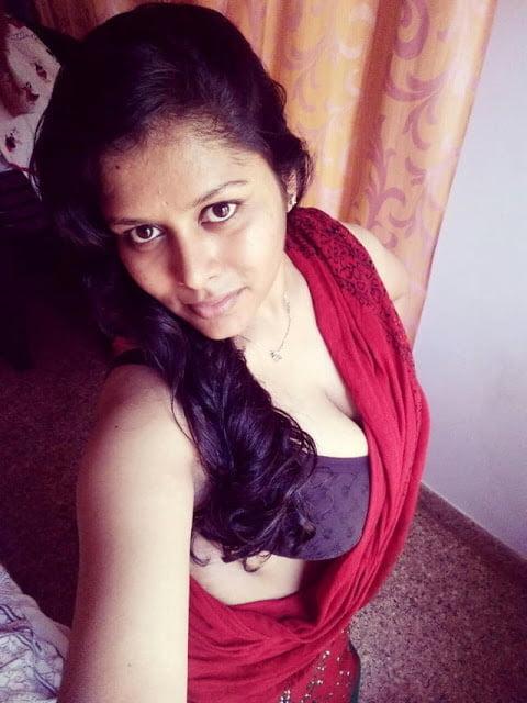 Nidian Sexy Doctor - 42 Pics