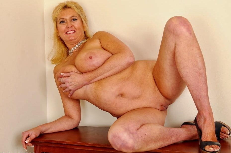 Beautiful german women naked-2301