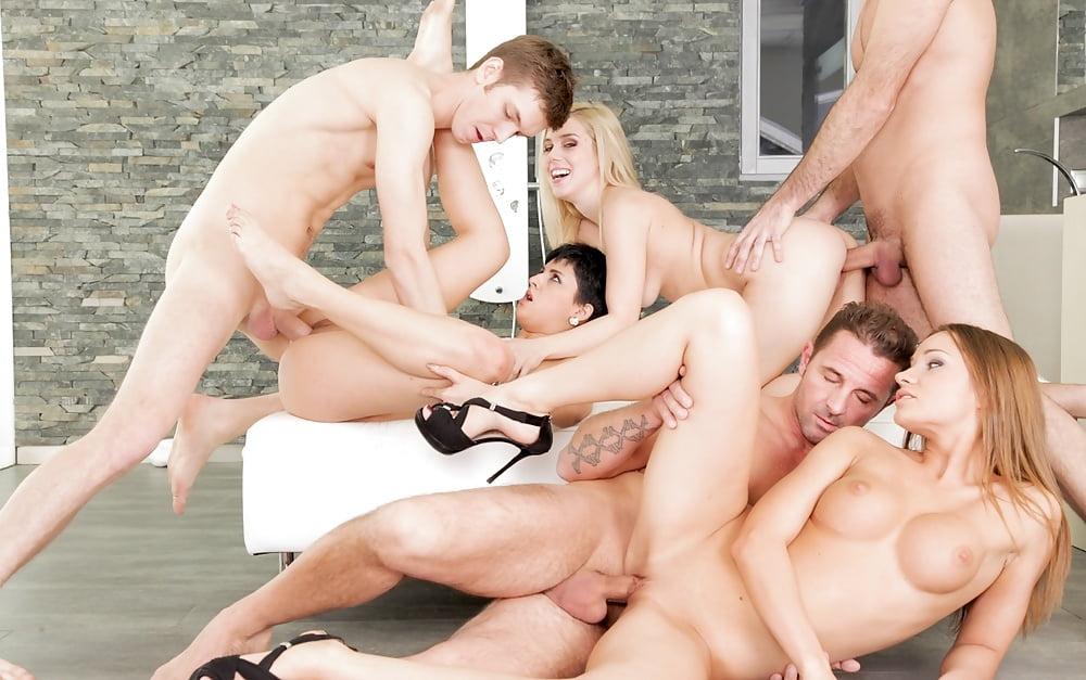 devid-perri-porno-gruppovuha
