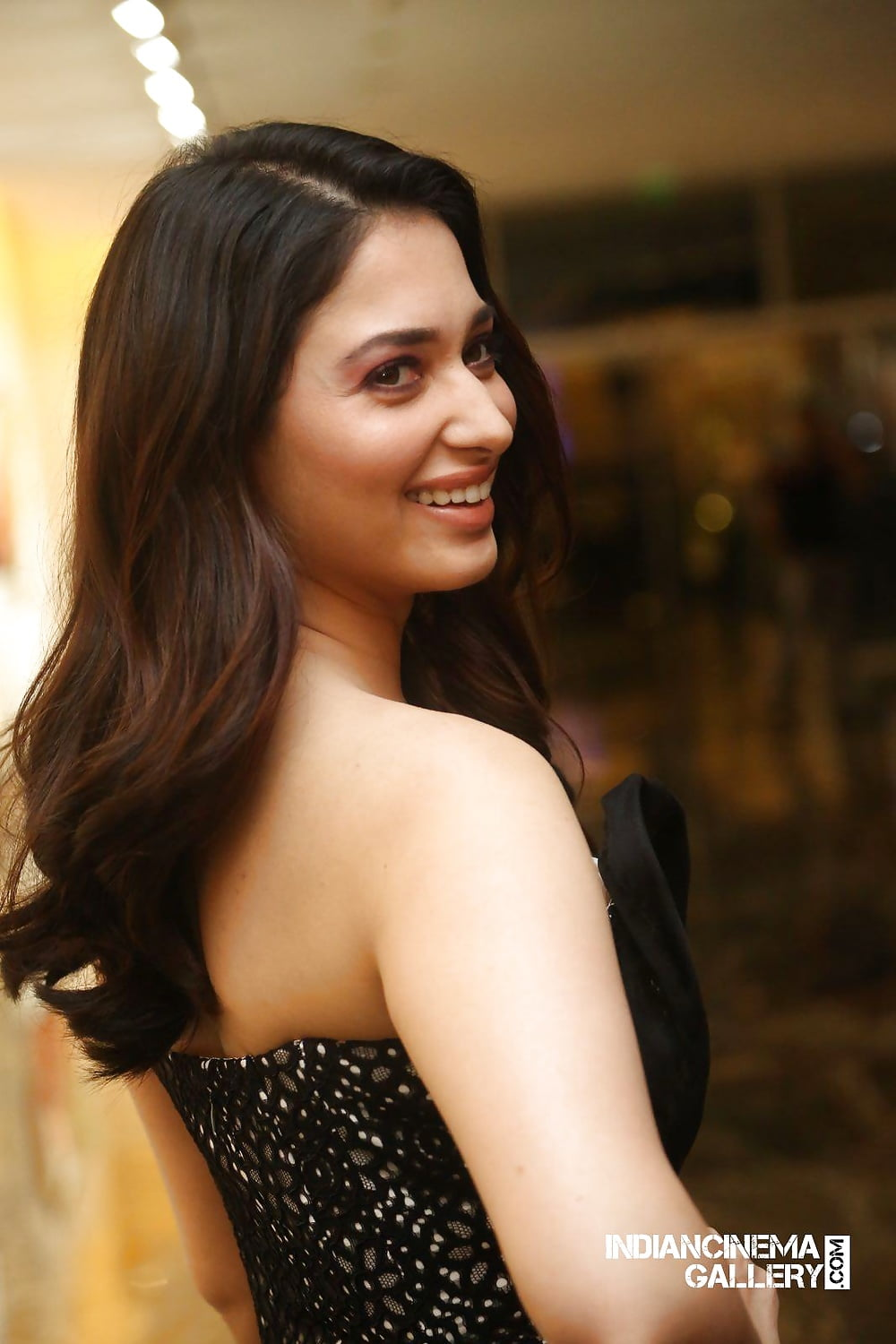 Tamanna latest nude images-7541